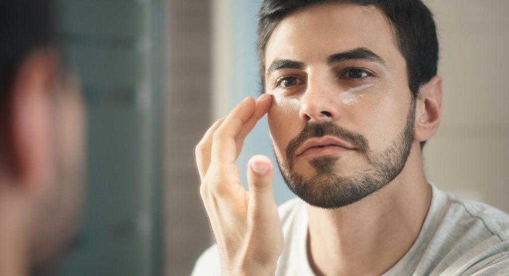 Prevenir las arrugas en los párpados
