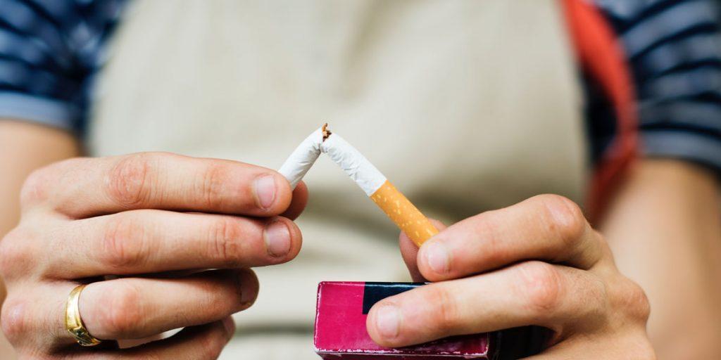 Deja de fumar y previene el síndrome de ojo seco